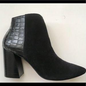 Steve Madden short black boots suede &  crock skin